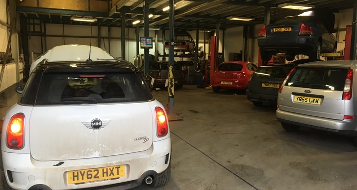 Well-equipped workshops at SDS Garage in Daventry for car repairs and van repairs